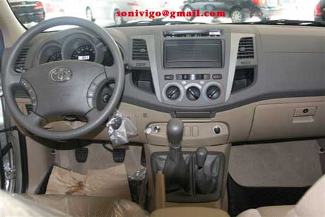 panel of LHD Toyota Hilux Vigo 2009