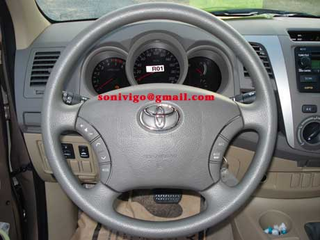 steering of LHD Toyota Hilux Vigo 2009