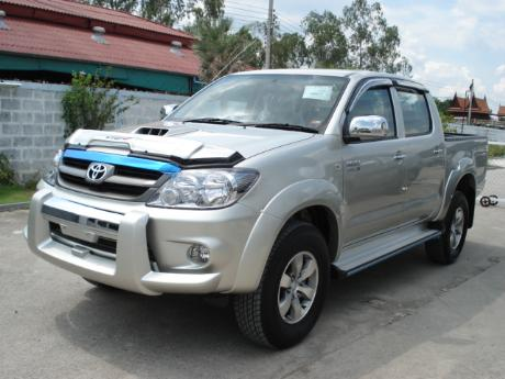 new Toyota Hilux Vigo Double Cab at Dubai 's top Toyota Hilux Vigo dealer Jim Autos Dubai, Thailand and England United Kingdom
