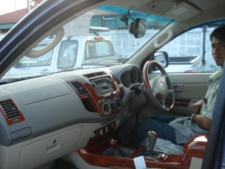 Toyota Hilux Vigo Accessories Dubai Car Exporter Dealer