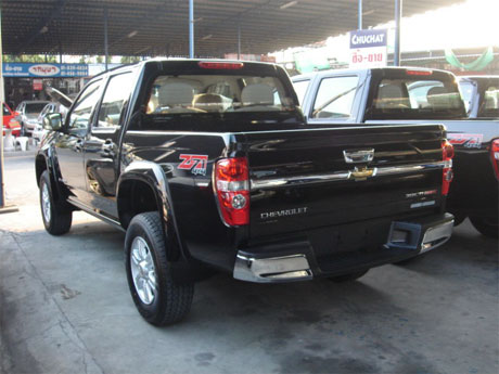 Chevy Colorado 2008 rear - Get your Chevy now at Jim Autos Dubai and Jim 4x4 Dubai