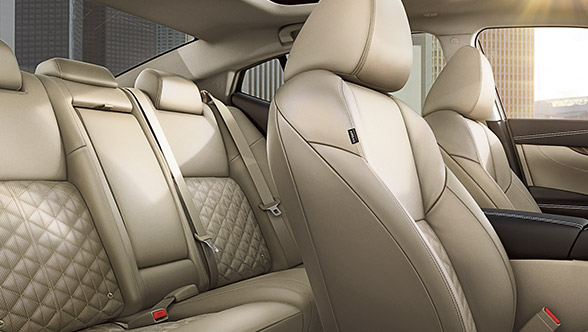 PREMIUM LEATHER APPOINTED SEATING WITH AVAILABLE DIAMOND-QUILTED LEATHER INSERTS