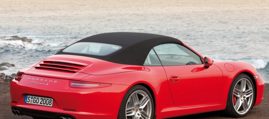 porsche_porsche_911_on_the_beach