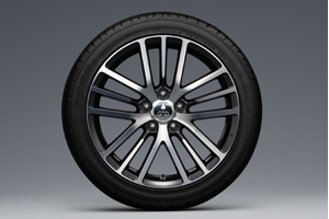 Lancer Ex 215/45r18 Tires With 18-Inch Light Alloy Wheels