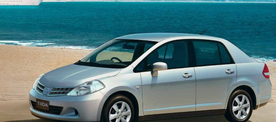 nissan-tiida-sedan
